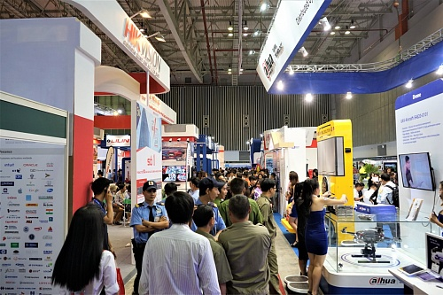 Insulation Armor on fire protection exhibition Secutech Vietnam 2019 (photo)